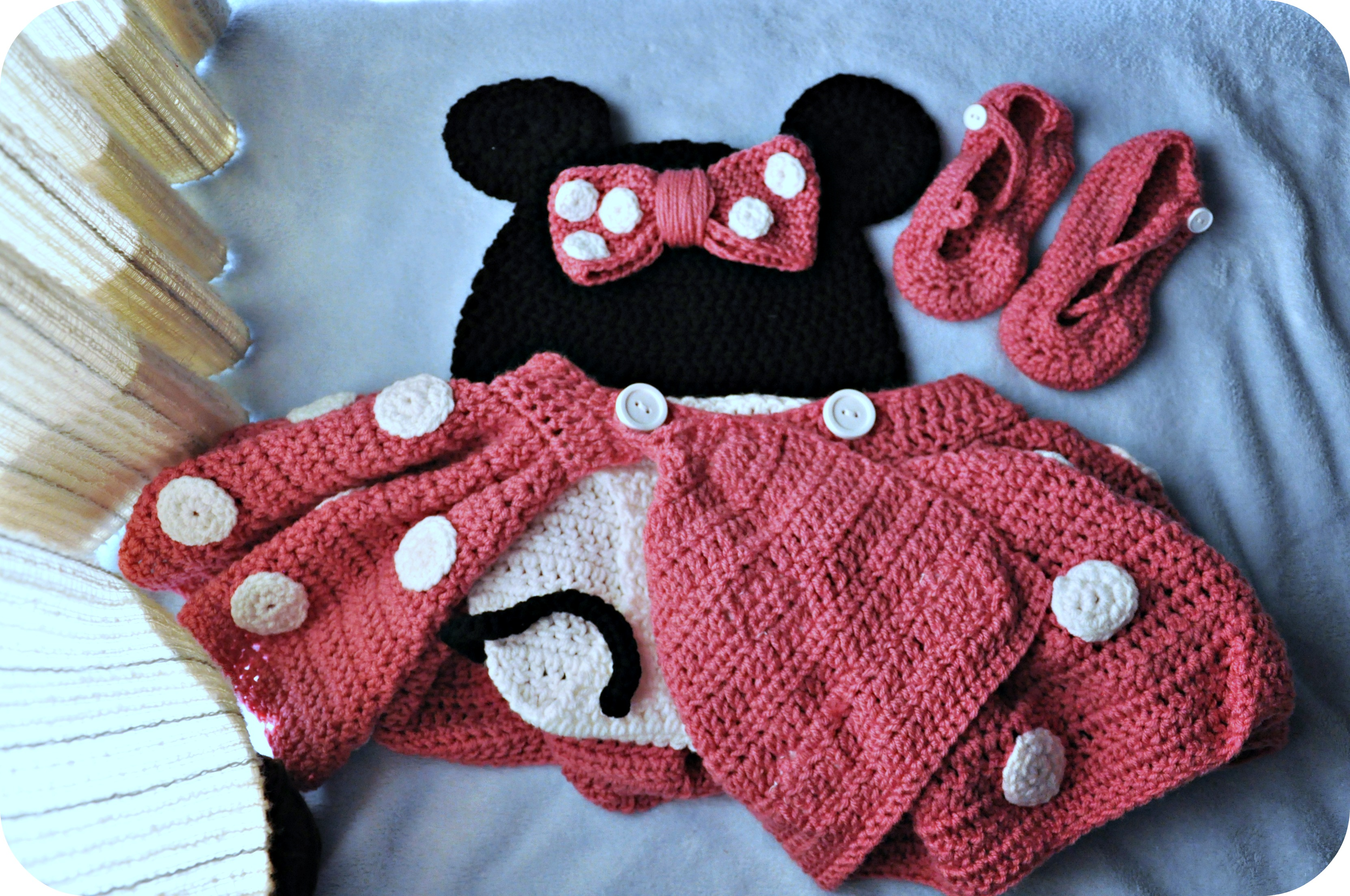 Free Crochet Pattern For Baby Minnie Mouse Outfit : Crochet Mustache Military Bride